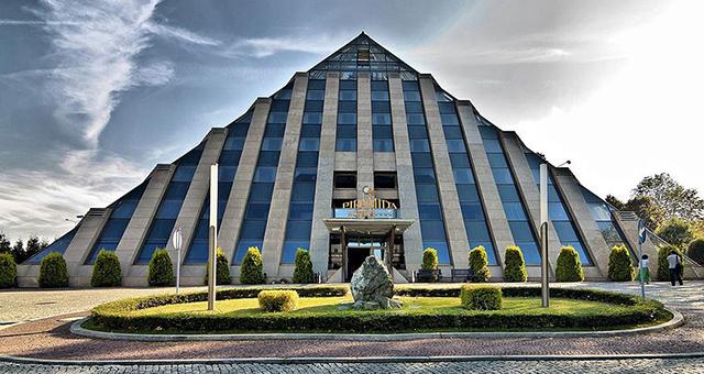 5 Hotel_Piramida  TOP 10 najlepsze hotele w Polsce 5 Hotel Piramida