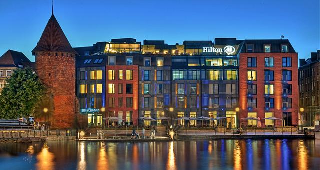 6bhotel Hilton_Gdansk_rdax_730x485  TOP 10 najlepsze hotele w Polsce 6bhotel Hilton Gdansk rdax 730x485