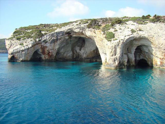 Podroze-10-jedynych-w-swoim-rodzaju-luksusowych-miejsc-na-swiecie-grecja  Podróże: 10 jedynych w swoim rodzaju luksusowych miejsc na świecie Podroze 10 jedynych w swoim rodzaju luksusowych miejsc na swiecie grecja