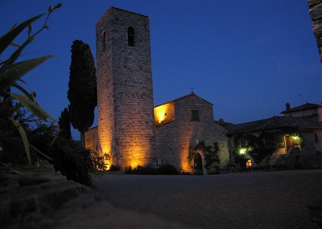 TOP-5-zamkow-w-Toskanii-przeksztalcona-w-hotele-spaltenna1  TOP 5 zamków w Toskanii przekształconych w hotele TOP 5 zamkow w Toskanii przeksztalcona w hotele spaltenna1