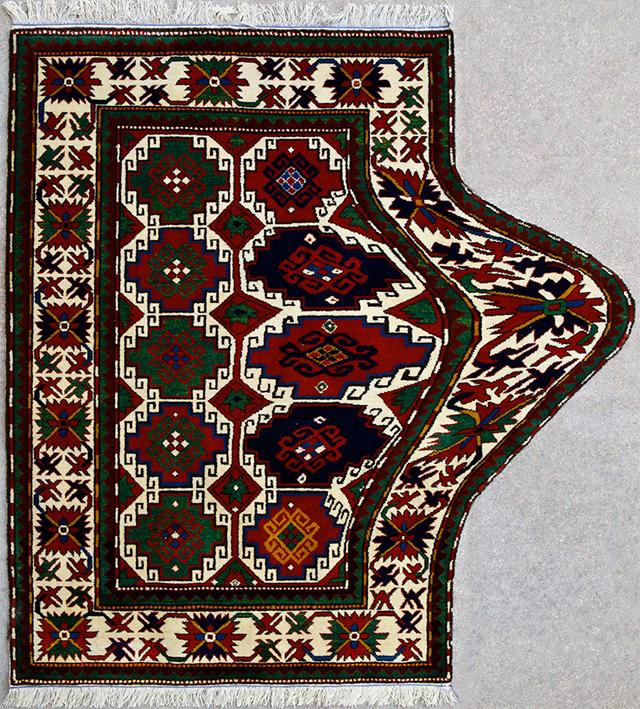 Tradycyjne-Azerbejdzanskie-dywany-przeksztalcone-w-hipnotyzujace-Dziela-Sztuki_7  Tradycyjne Azerbejdżańskie dywany przekształcone w hipnotyzujące Dzieła Sztuki Tradycyjne Azerbejdzanskie dywany przeksztalcone w hipnotyzujace Dziela Sztuki 7