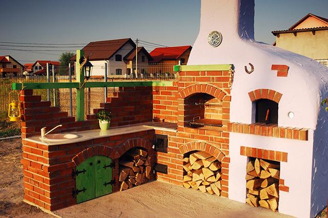 10-Zachwycajacych-Letnich-kuchni-w-ogrodzie-2  10 Zachwycających Letnich kuchni w ogrodzie 10 Zachwycajacych Letnich kuchni w ogrodzie 2