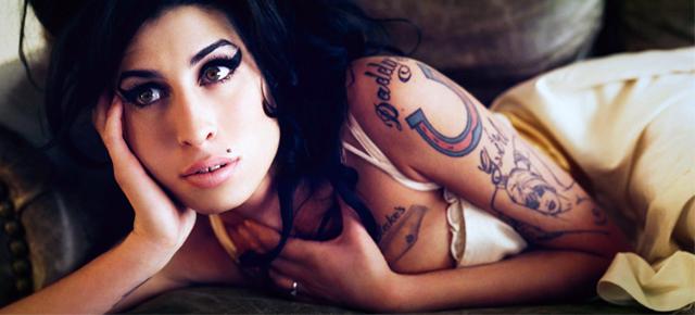 Designerska inspiracja Amy Winehouse designerska inspiracja Amy Winehouse 5