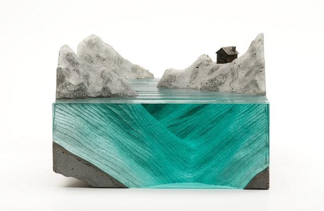 4Ben-Young-szklane-rzezby-inspirowane-falami-oceanu  Ben Young, szklane rzeźby inspirowane falami oceanu 4Ben Young szklane rzezby inspirowane falami oceanu