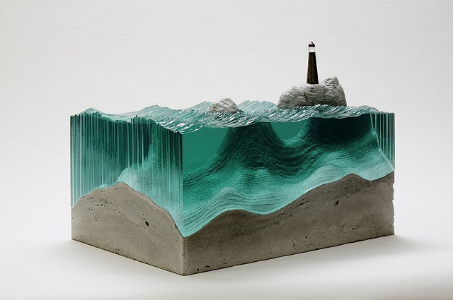 5Ben-Young-szklane-rzeby-inspirowane-falami-oceanu  Ben Young, szklane rzeźby inspirowane falami oceanu 5Ben Young szklane rzeby inspirowane falami oceanu