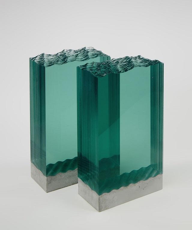7Ben-Young-szklane-rzezby-inspirowane-falami-oceanu  Ben Young, szklane rzeźby inspirowane falami oceanu 7Ben Young szklane rzezby inspirowane falami oceanu