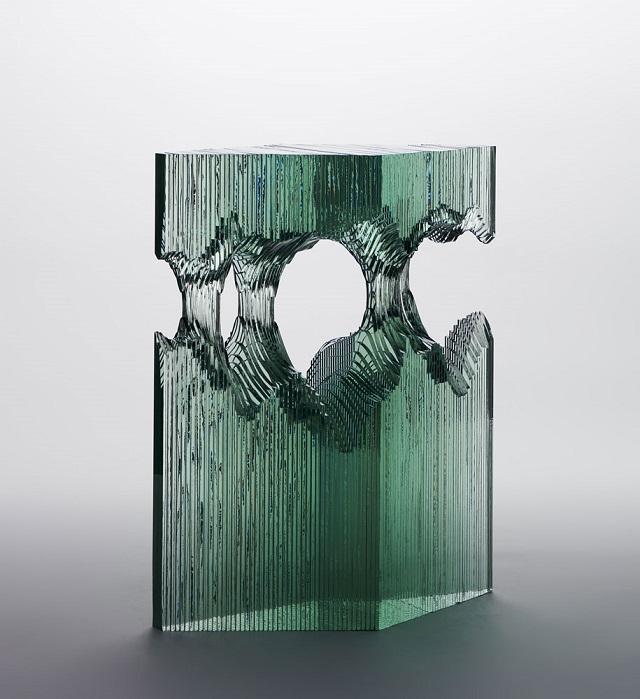 8Ben-Young-szklane-rzeby-inspirowane-falami-oceanu  Ben Young, szklane rzeźby inspirowane falami oceanu 8Ben Young szklane rzeby inspirowane falami oceanu