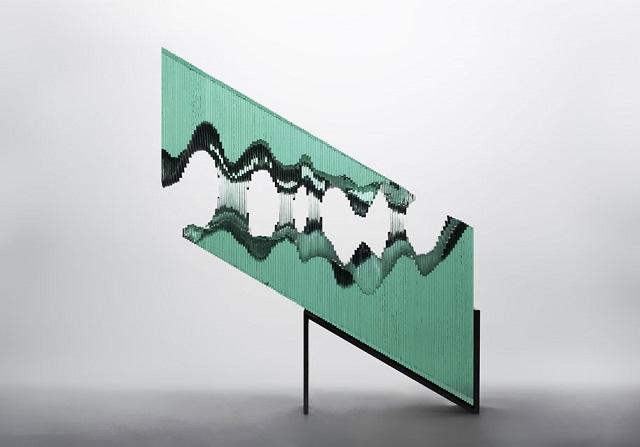 9Ben-Young-szklane-rzezby-inspirowane-falami-oceanu  Ben Young, szklane rzeźby inspirowane falami oceanu 9Ben Young szklane rzezby inspirowane falami oceanu