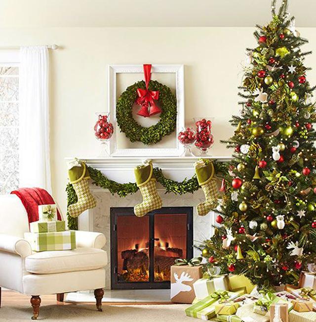 Swiateczne-dekoracje-modne-pomysly-do-salonu-czerwone2  Świąteczne dekoracje- modne pomysły do salonu Swiateczne dekoracje modne pomysly do salonu czerwone2