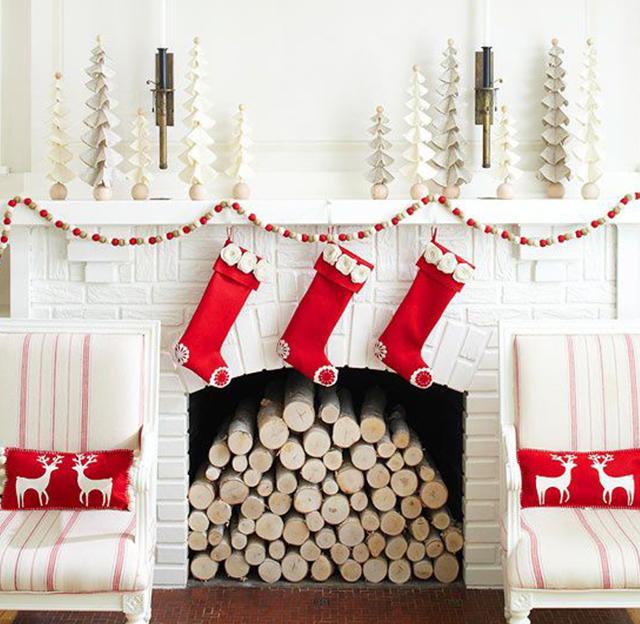 Swiateczne-dekoracje-modne-pomysly-do-salonu-czerwone6  Świąteczne dekoracje- modne pomysły do salonu Swiateczne dekoracje modne pomysly do salonu czerwone6