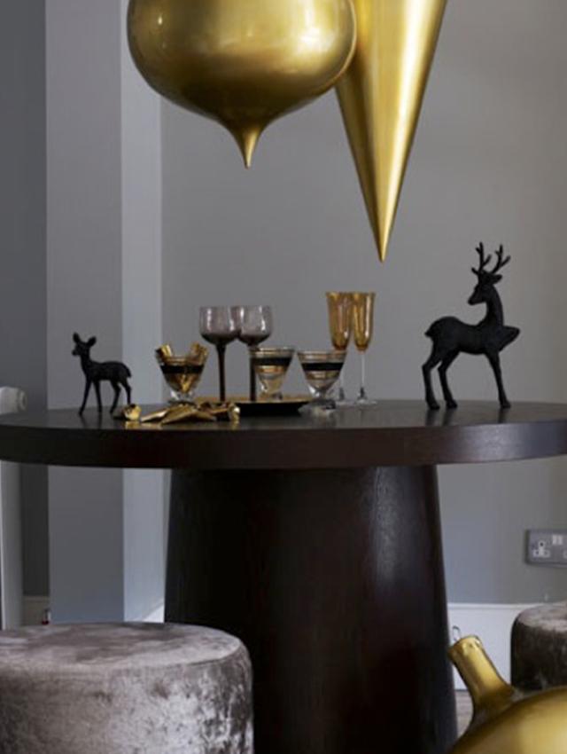 Swiateczne-dekoracje-modne-pomysly-do-salonu-zlote5  Świąteczne dekoracje- modne pomysły do salonu Swiateczne dekoracje modne pomysly do salonu zlote5