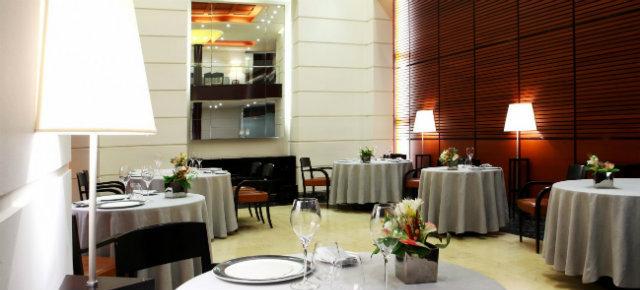 Dom-wnetrze-Gdzie -dobrze-zjeść-w-Mediolanie-2  Gdzie dobrze zjeść w Mediolanie? Dom wnetrze Gdzie dobrze zje     w Mediolanie 2